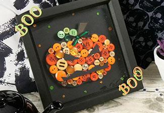 How to Make a Pumpkin Button Frame