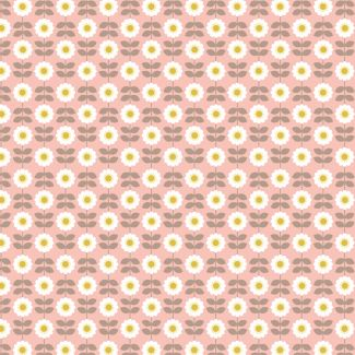 Lewis & Irene - Fat Quarter - Retro Daisy on pink